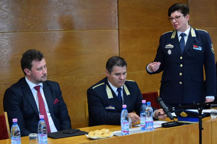 Szenzáció! Hamarosan kinevezik az első női rendőrfőkapitányt Magyarországon