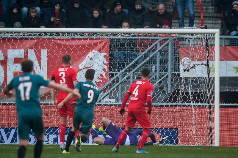 Magyar harmadosztályba illő jelenet után szerzett gólt az Ajax