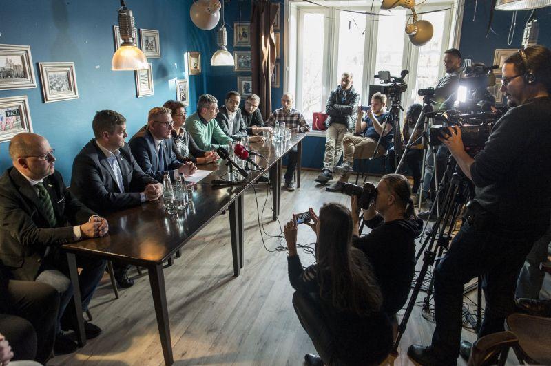 A Jobbik börtönbe vetné az állatkínzókat