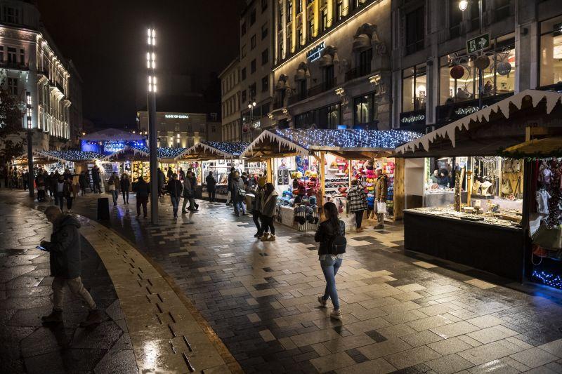 BRFK: a rendőrök láthatatlanul is ott vannak a karácsonyi vásárokban