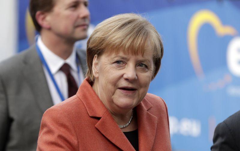 Keményen üzent Orbánnak is Merkel az EU-csúcs előtt