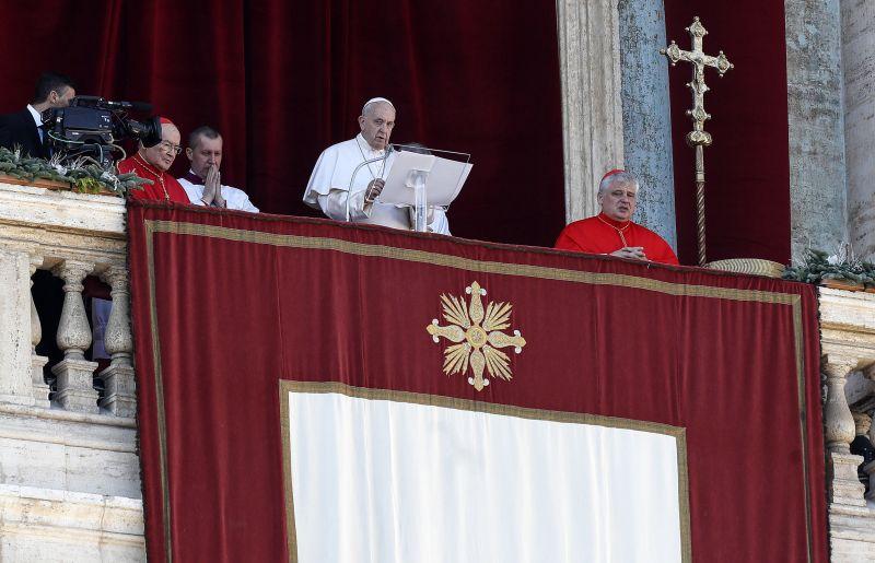 Ezt üzente Ferenc pápa karácsonykor