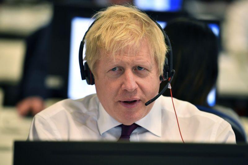 Finisben a brit kampány – Boris Johnsonnak áll a zászló