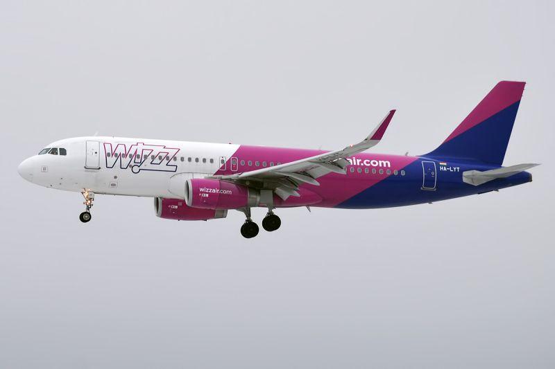 Repülő-bérlet bevezetésén gondolkodik a Wizz Air