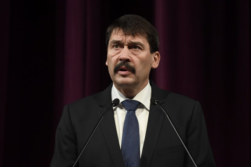 Áder János fellázadt: visszaküldött egy törvényt az Országgyűlésnek