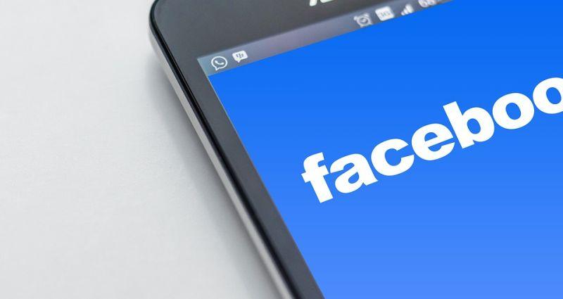 Durva bírságot szabott ki a Facebookra a versenyhivatal