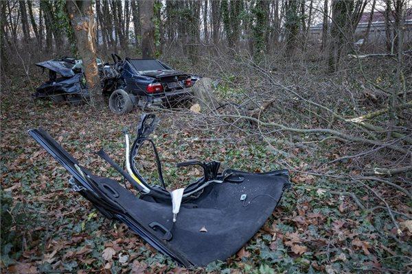 Két ember meghalt egy zalaegerszegi balesetben