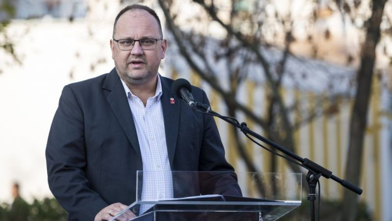 Százmillió forintot vert el a nyugdíjasok választási csomagjaira az előző újpesti önkormányzat