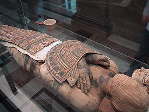 Megszólalt egy múmia