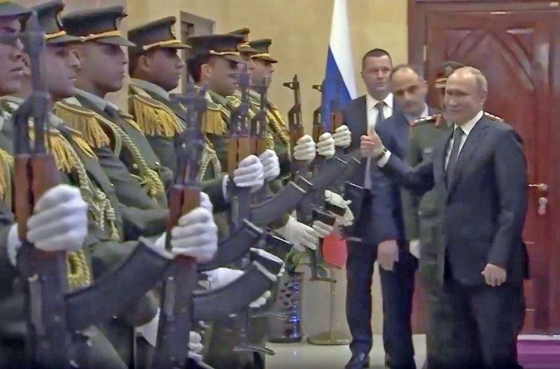 Nem hiszi el, milyen lazán reagált Putyin egy kínos bakira