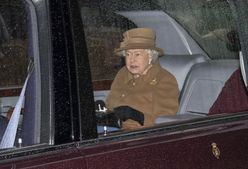II. Erzsébet áldását adta a Brexitre