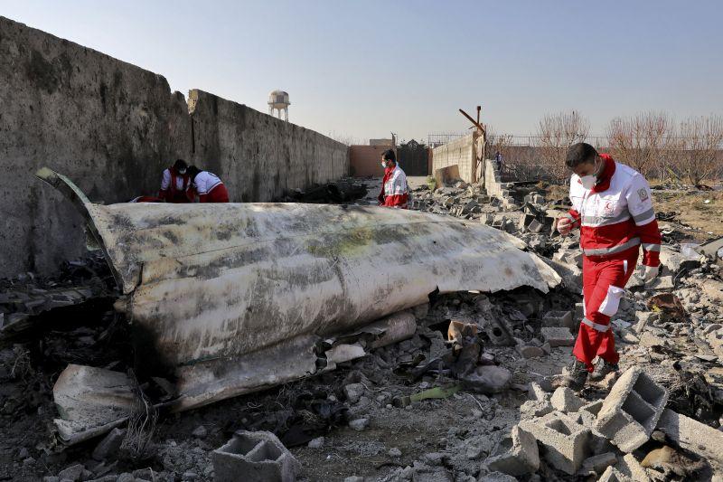 Ukrajna ismételten kérte Iránt, hogy adja át neki a lelőtt ukrán gép feketedobozait