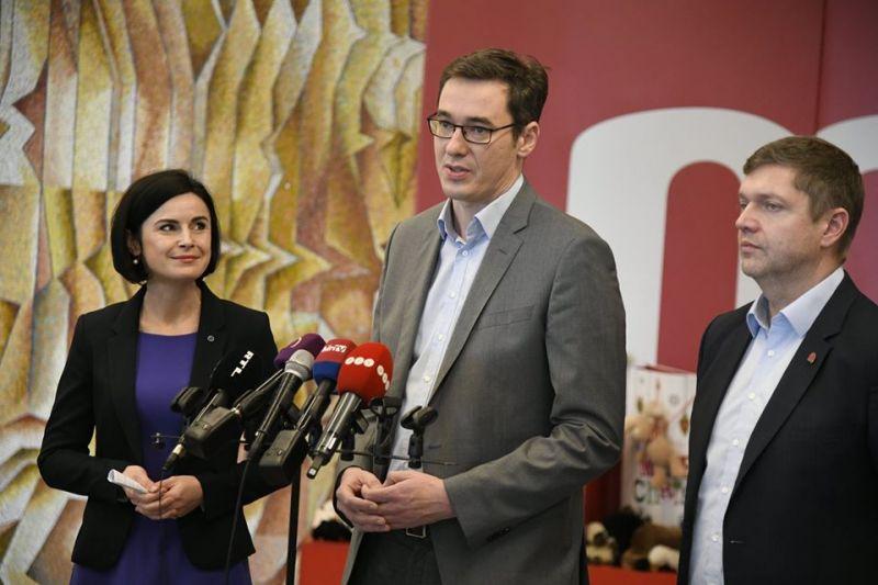Az MSZP nem zárkózik el az LMP-Párbeszéd újraegyesüléstől