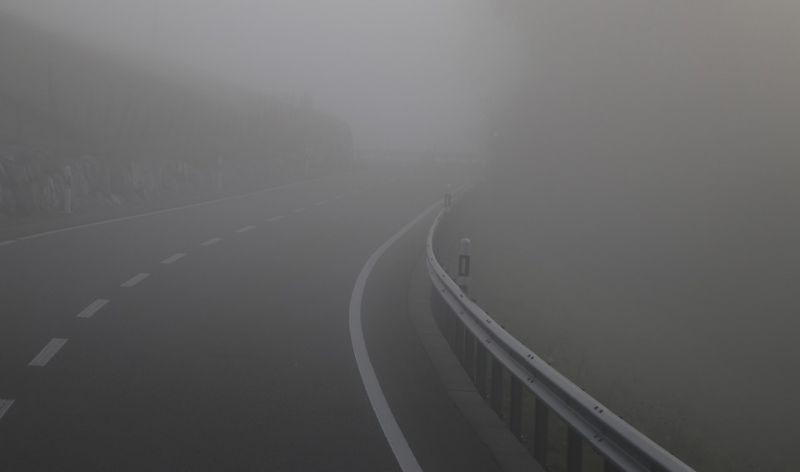 Sűrű köd miatt adtak ki figyelmeztetést több megyére