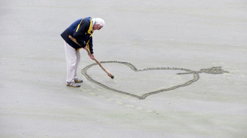 Erzsébet utalvány a nyugdíjasok szavazataiért? A lengyelekhez képest kispályások vagyunk