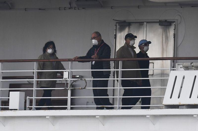 Hamarosan feloldják a karantént a japán partoknál vesztegelő luxushajóról