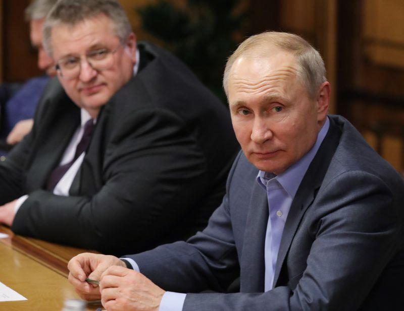 Vlagyimir Putyin: amíg én vagyok az elnök, nem lesz melegházasság