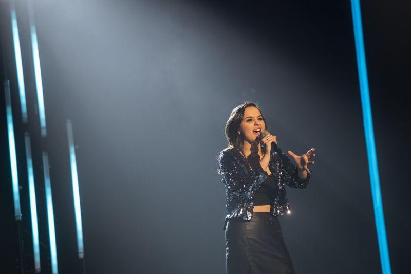 Kemény: Koncert közben arconütötték a Dal 2020 nyertesét