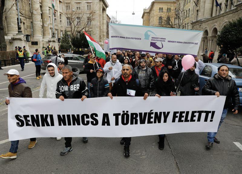 Szabad bíróság! Szabad Gyöngyöspata! – Ilyen a tüntetés Budapesten