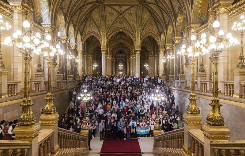 Elképesztő: 637 százalékkal nőtt a parlamenti képviselők vagyona az elmúlt tíz évben