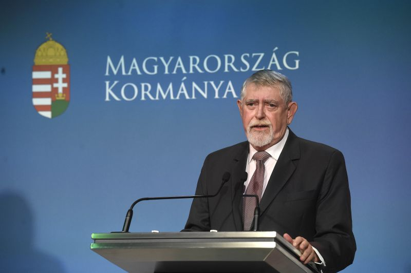 Önkénteseket toboroz Kásler Miklós a magyar egészségügybe