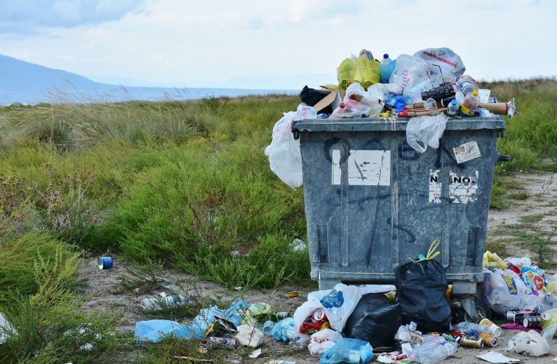 Jövőre betiltják Magyarországon az egyszer használatos műanyagokat