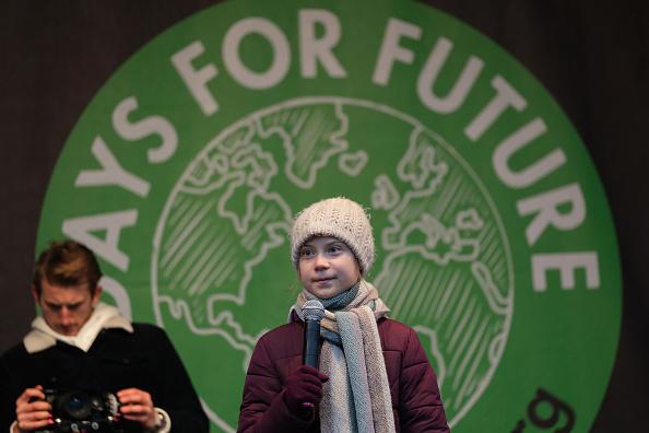 Greta Thunberg édesanyja drámai történeteket mesélt el aktivista lányáról