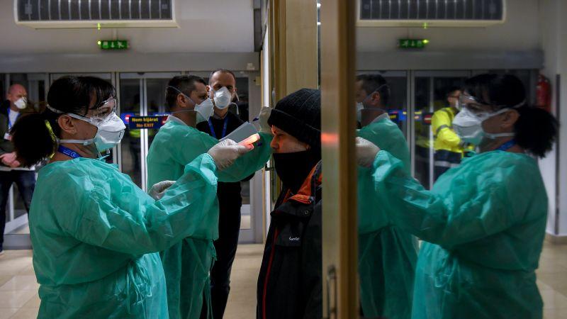 Rosszul mérhették a lázat a debreceni repülőtéren – fotó