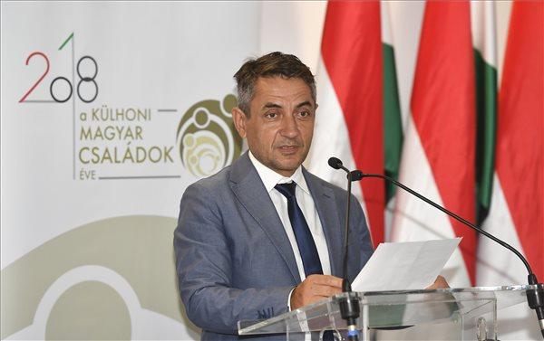 Potápi: újra megéri magyarnak lenni a Vajdaságban