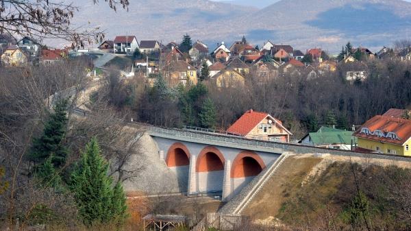 Százéves viaduktot ásnának ki Salgótarjánban