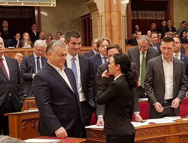 """""""A Fidesz fél, de a rossz hír az, hogy nem fogunk meghátrálni"""" – összefognak az ellenzéki képviselők"""