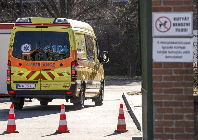 Elhunyt a tizenegyedik koronavírusos beteg Magyarországon