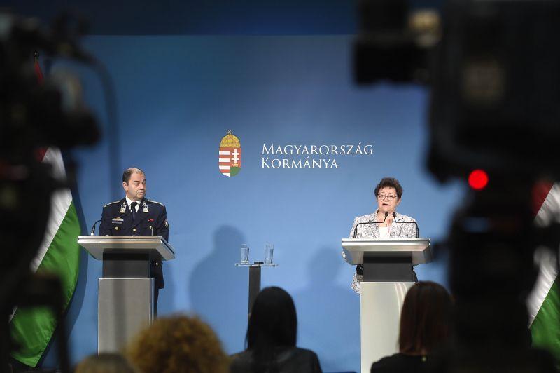 MSZP: a kormány napról napra ismeri be, hogy eddig rossz döntéseket hozott