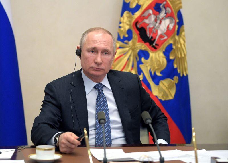 Ki lett volna téve a koronavírusnak Putyin? Nagyon úgy tűnik
