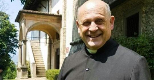 Átengedte lélegeztetőgépét a koronavírusos olasz pap egy fiatalabb betegnek, belehalt
