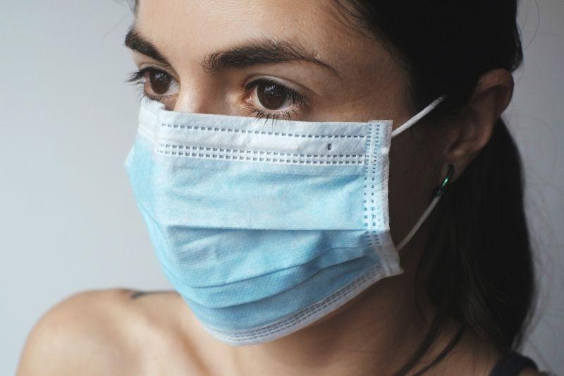 Szombathelyen 100 ezer maszkot osztanak szét