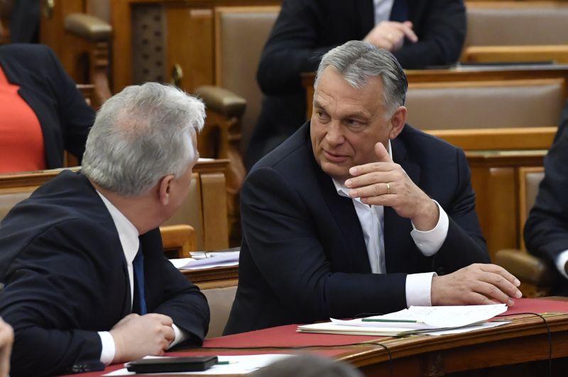 Kezdeményezik a Fidesz kizárását az Európai Néppártból