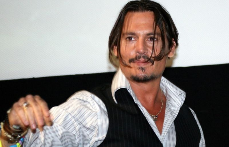 """""""A nő, akit feleségül vettem, levágta az ujjam"""" – brutális részletek derültek ki Johnny Depp botrányba fulladt házasságáról"""