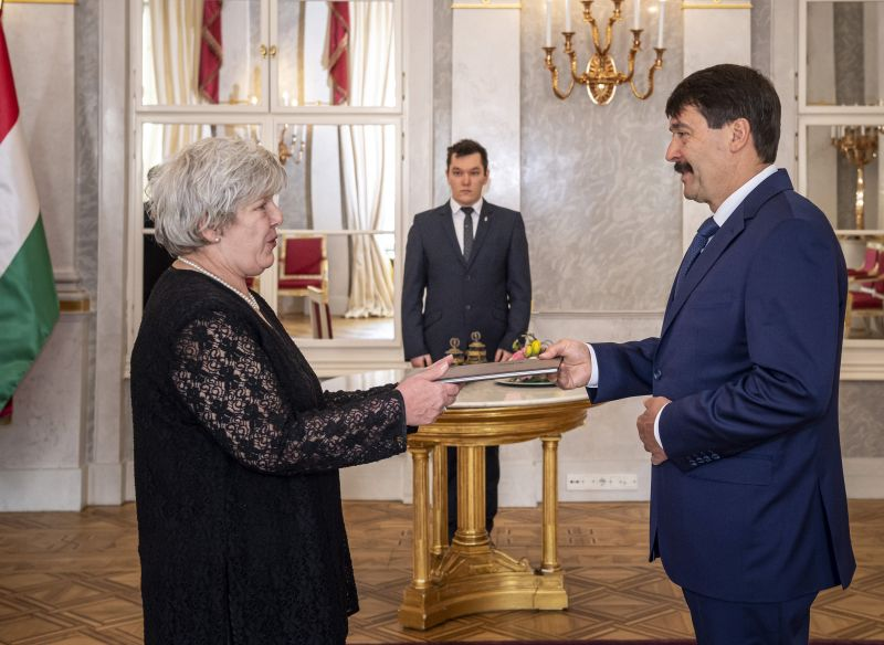 János Áder appointed Judit Varga's mother-in-law as one of the vice-presidents of the National Courts Office