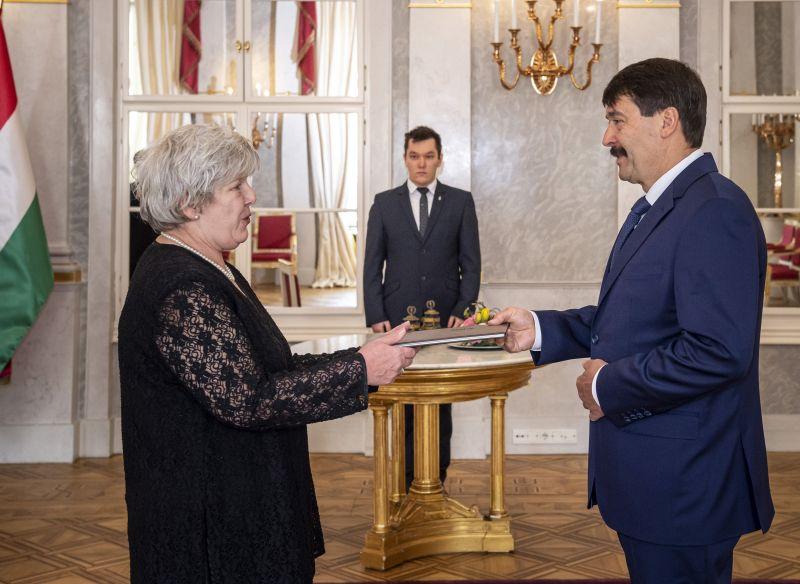 Áder János Varga Judit anyósát nevezte ki az Országos Bírósági Hivatal egyik elnökhelyettesévé