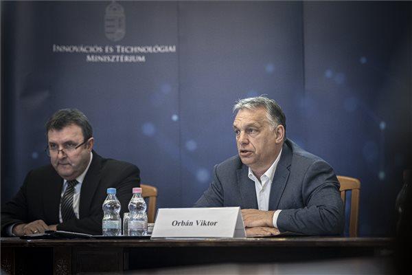 Orbán: a java most következik