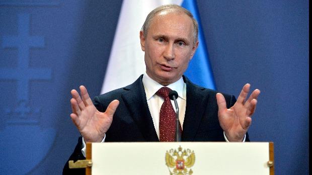 Putyin felhatalmazta az orosz kormányt a rendkívüli állapot kihirdetésére