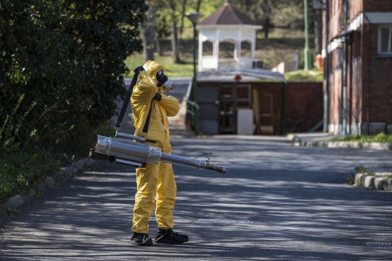 Már a rendőrség is nyomoz a Pesti úti idősotthonnak kapcsolatban – ezek az ügy részletei