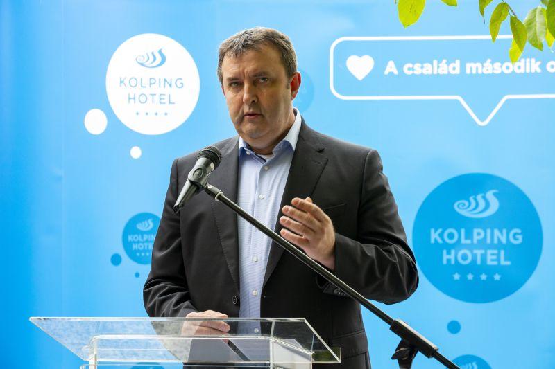 Palkovics László: új támogatási forma kidolgozását tervezi a kormány