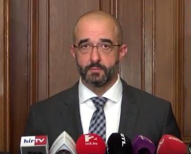 Kovács Zoltán szerint a tranzitzónák bezárásával egy kiskaput zártak be a migránsok előtt
