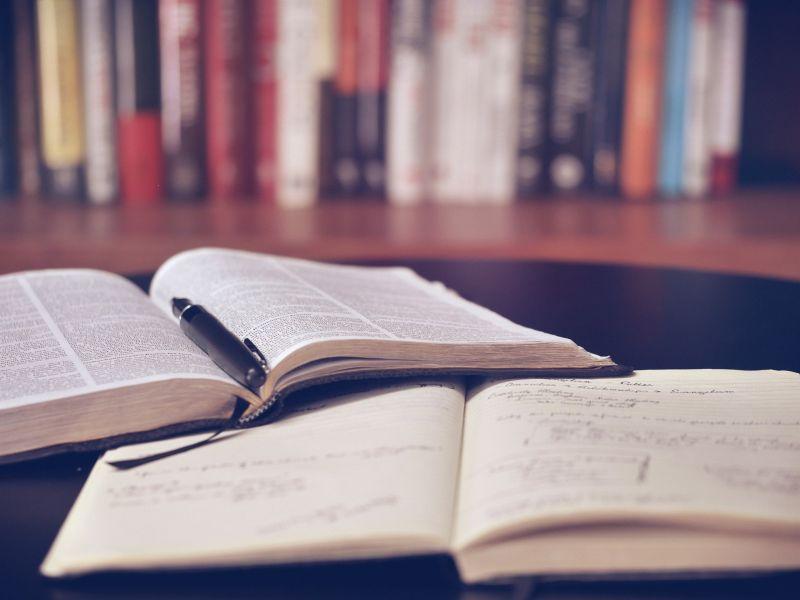 Jó hír: jövőre minden diák ingyen kap tankönyvet – így juthatnak hozzájuk