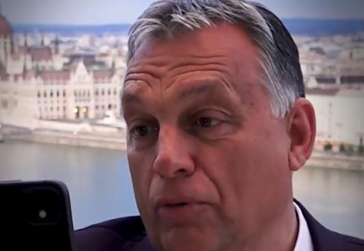 A DK zsarolással vádolja Orbán Viktort