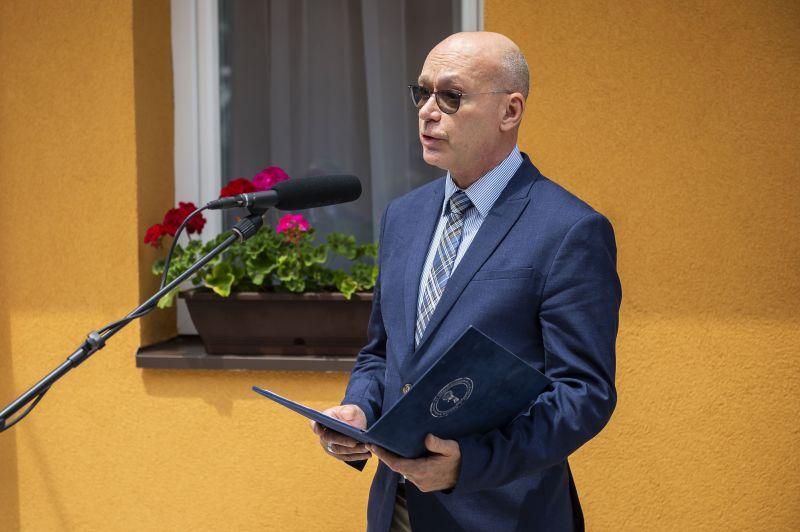 A főadatőr nekiment az ellenzék konzultációs kérdőív-gyűjtésének
