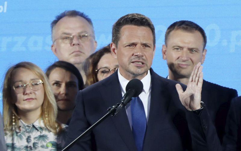 Lengyel elnökválasztás: Orbán elvbarátja magabiztosan vezet, de az ellenzéki nagyvárosok szavazatai még hátravannak