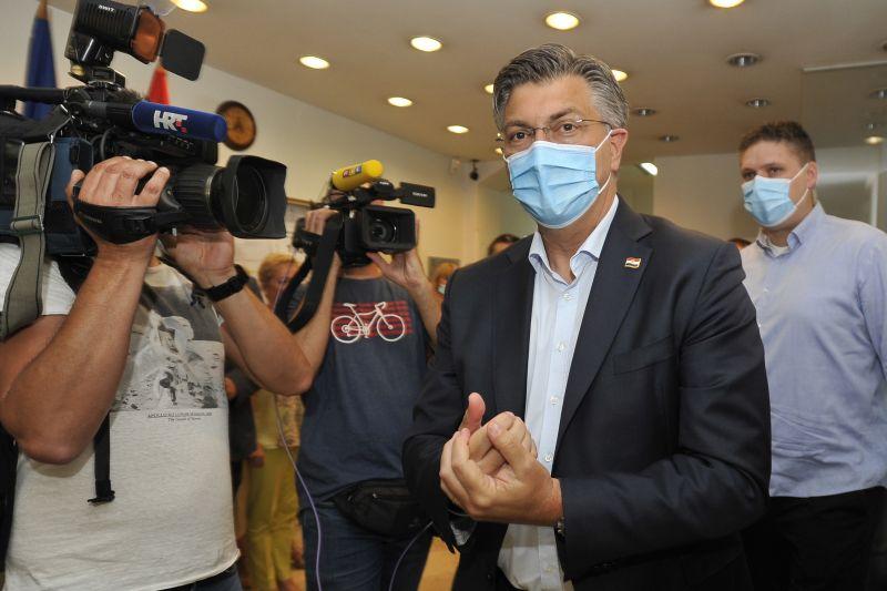 Horvátországi választások: a konzervatívok győztek a részeredmények szerint, de nem szereztek abszolút többséget
